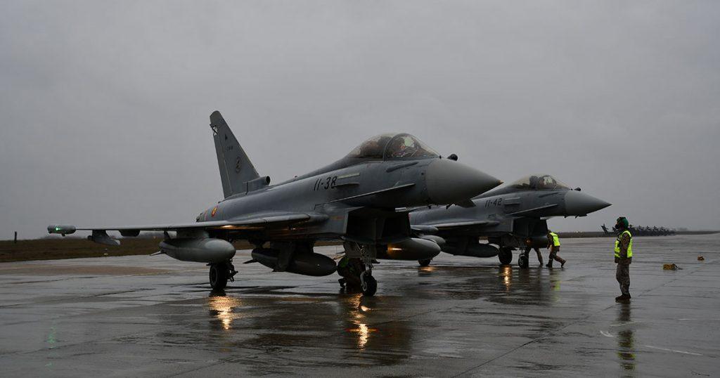 Imagen de dos Eurofighter del Ejército del Aire español en Constanza, Rumanía.